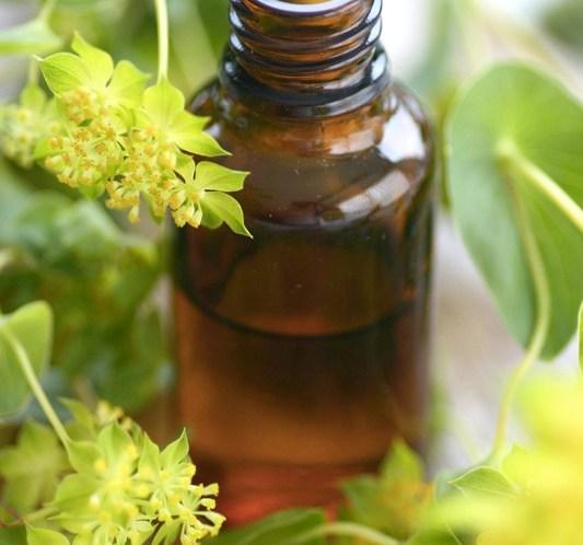DIY-Aromaterapi-olje-mot-appelsinhud