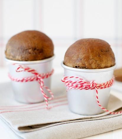 Brød med smak av julekrydder til julebordet