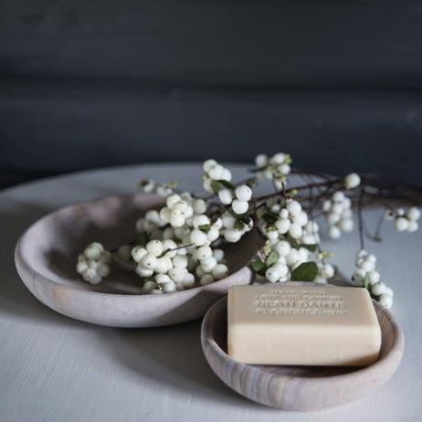 Snøbær som pynt på badet