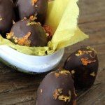 Marsipanegg med appelsinsmak og sjokoladetrekk