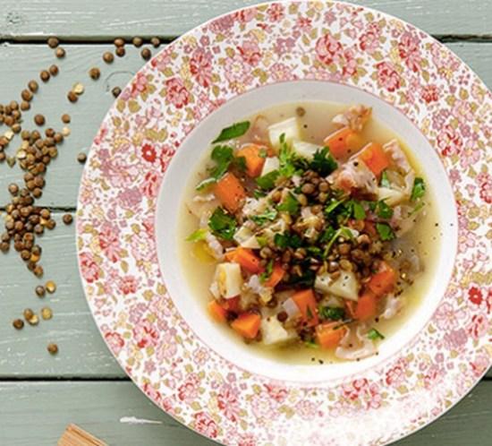 Oppskrift på linsesuppe med bacon og rotgrønnsaker