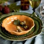 Med grønne blader blir festbordet frodig og spennende