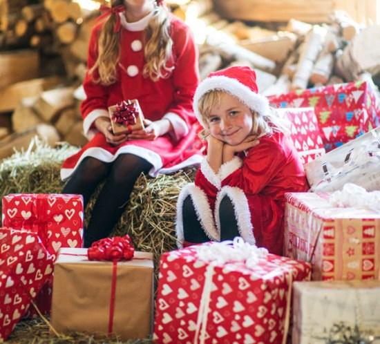 02 Julejenter i julenissedrakter Foto Nille