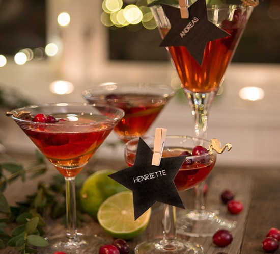 DRINKER OG COCKTAILS Oppskrift på Bellini med granateplejuice og tranebærjuice til nyttårsfesten