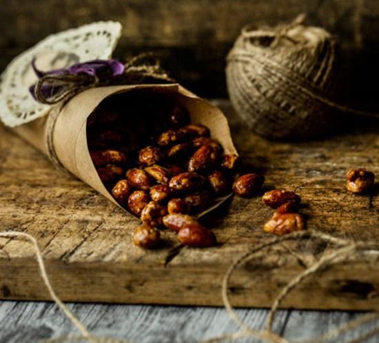 Lag matgaver på juleverksted – spiselige gaver på glass BRENTE MANDLER