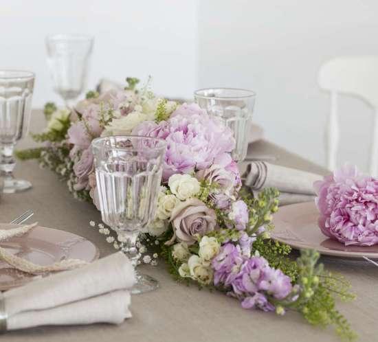 BLOGG-rosa-blomster-festbord