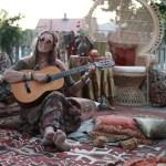 HIPPIE BIRTHDAY PARTY: Hagefest i bohemsk stil