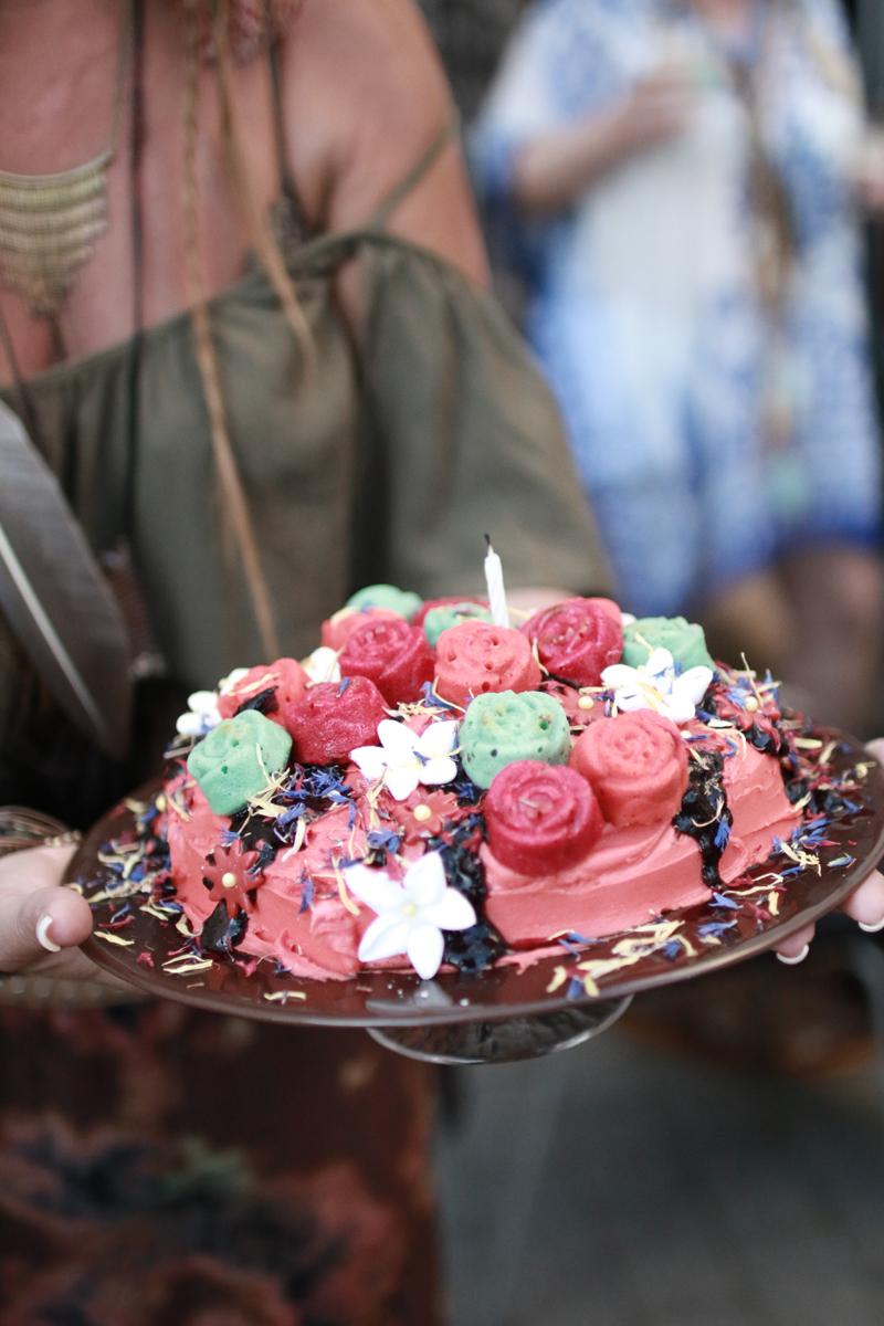 spiselige blomster til kake