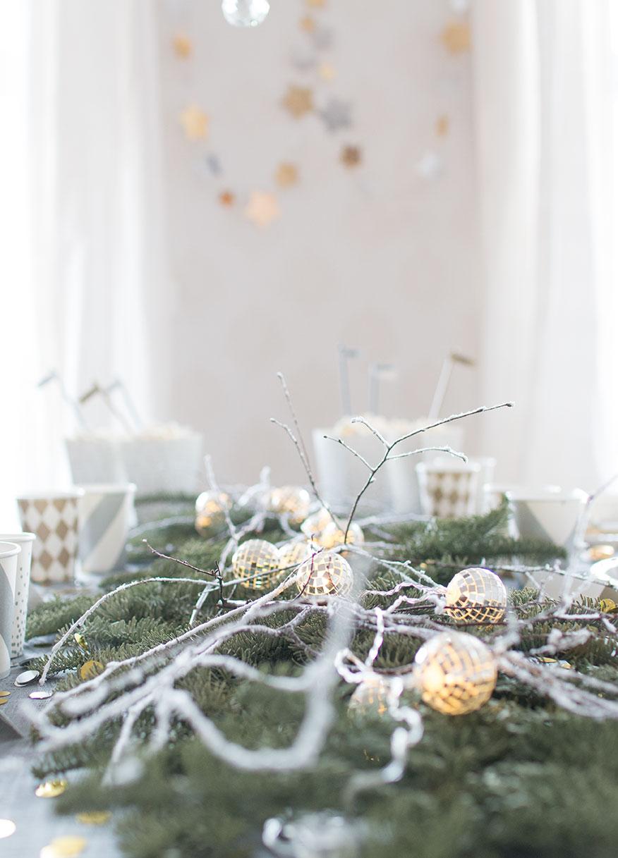 003-borddekking-blomsterdekorasjoner