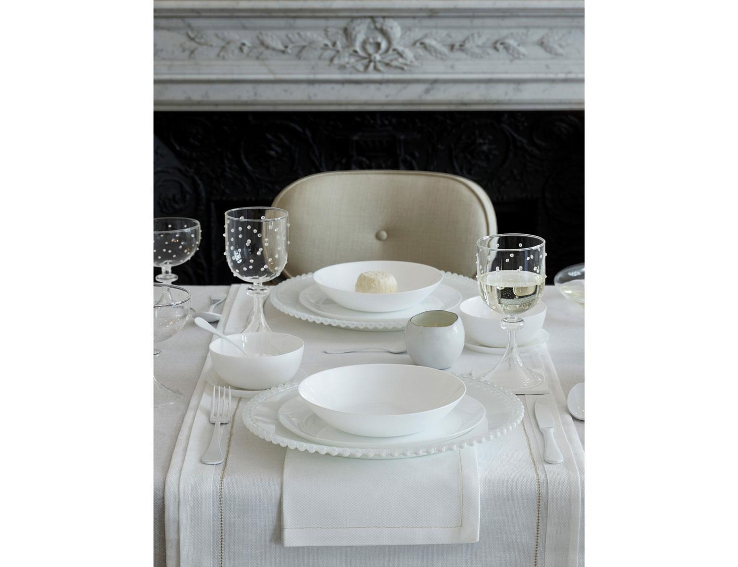 FESTBORD i hvitt fra Zara Home Pure White
