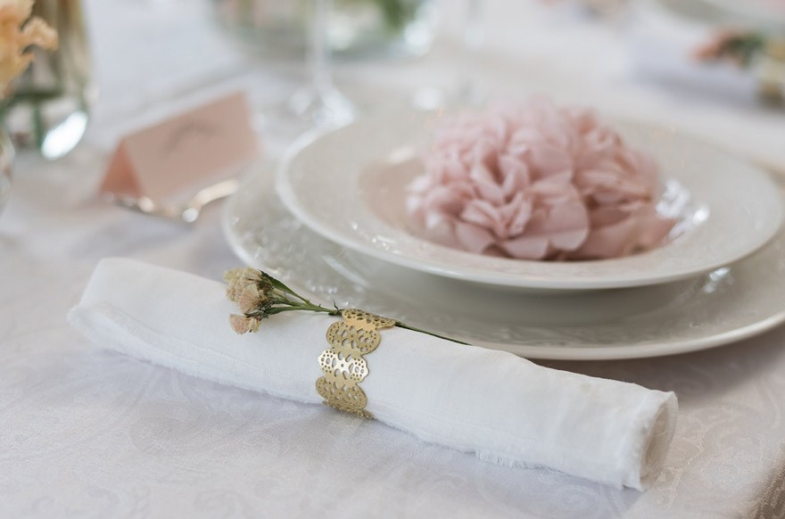 Creative ways to fold napkins for the wedding table