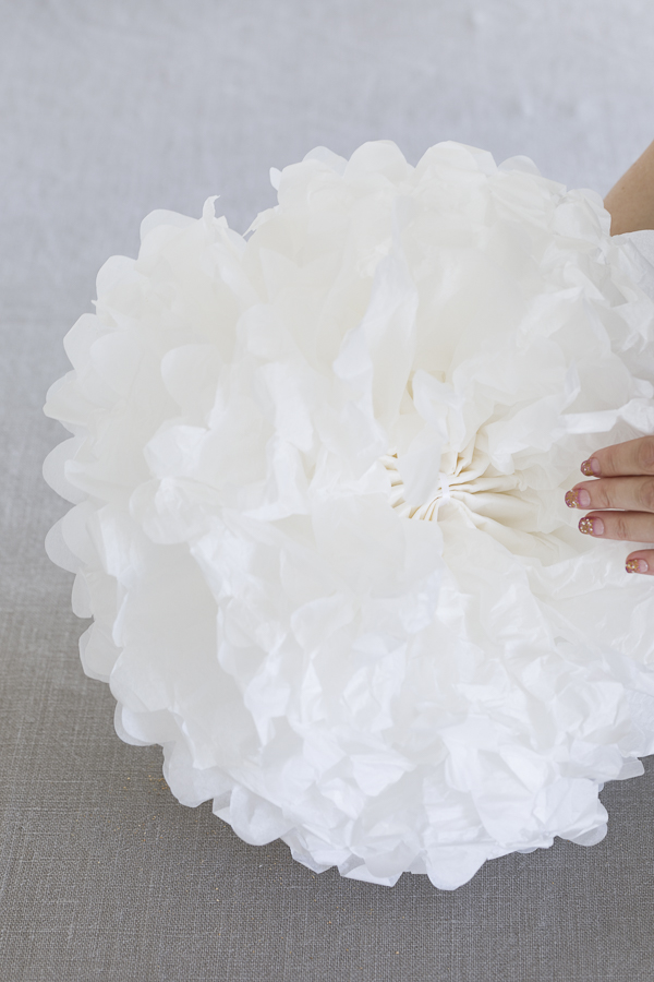 How to make paper pom poms - BLOG mariannedebourg.no