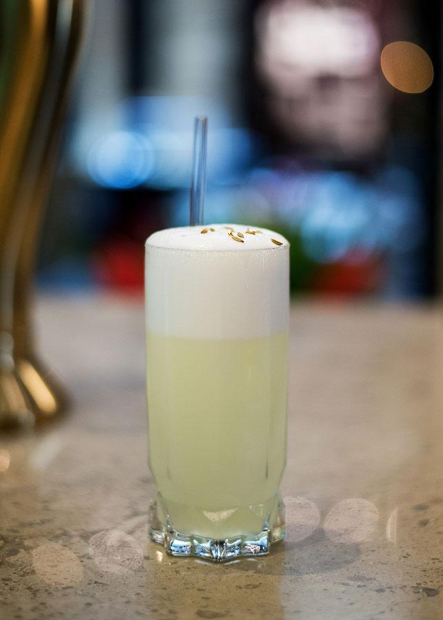 DRINKER-MED-AKEVITT-Aquavit-Fizz