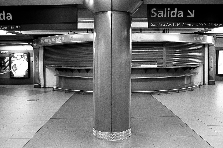"""Leandro N. Alem"" station, ""B"" line."