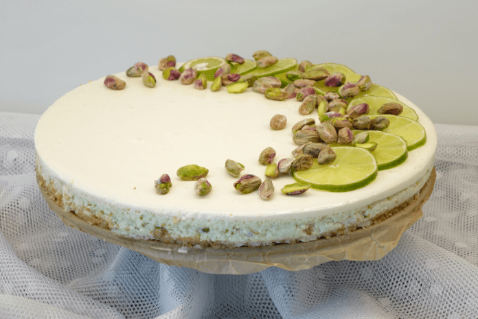 Sagas cheesecake med avokado och lime