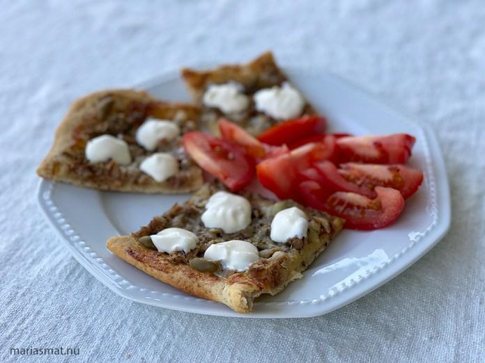 Tonfiskpizza med oliver