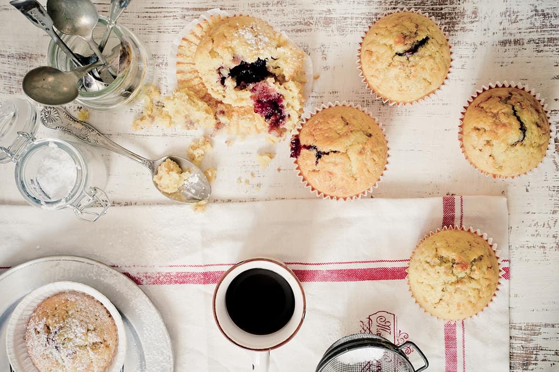 Muffins con mermelada de moras
