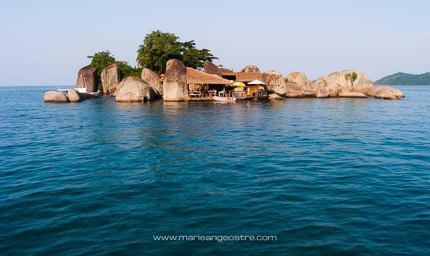 Brésil, restaurant sur l'Ilha do Catimbau, région de Paraty © Marie-Ange Ostré