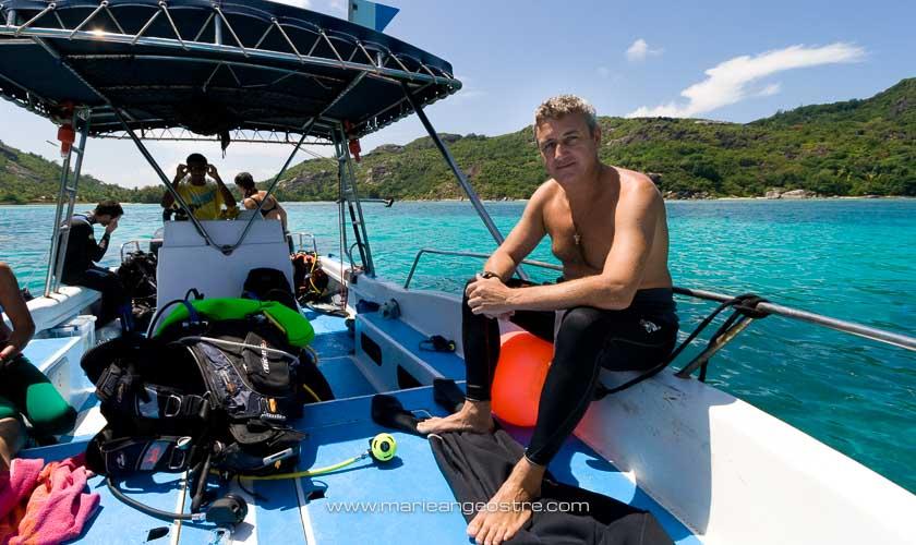 Seychelles, bateau du centre de plongée Blue Sea Divers à Mahé © Marie-Ange Ostré