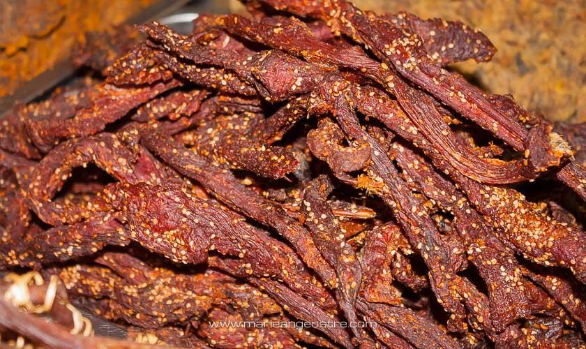 Chine, viande de yak séché, à Lijiang, Yunnan © Marie-Ange Ostré