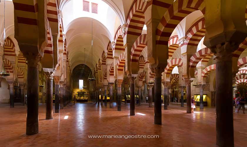 Espagne, intérieur côté mosquée de la cathédrale de Cordoue © Marie-Ange Ostré