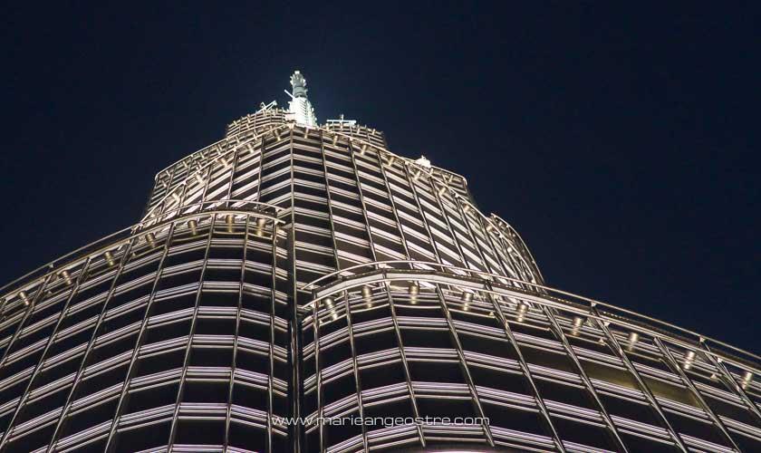 Dubai, sommet de la tour Burj Khalifa de nuit © Marie-Ange Ostré