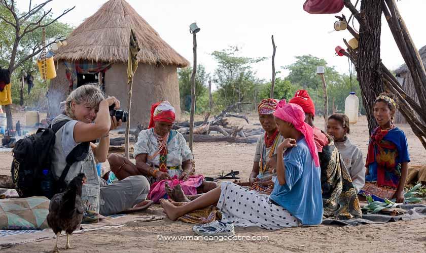 Marie-Ange Ostré, with Bushmen women
