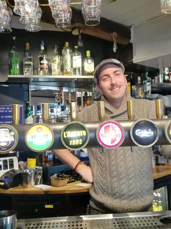 Barman de l'Aurore