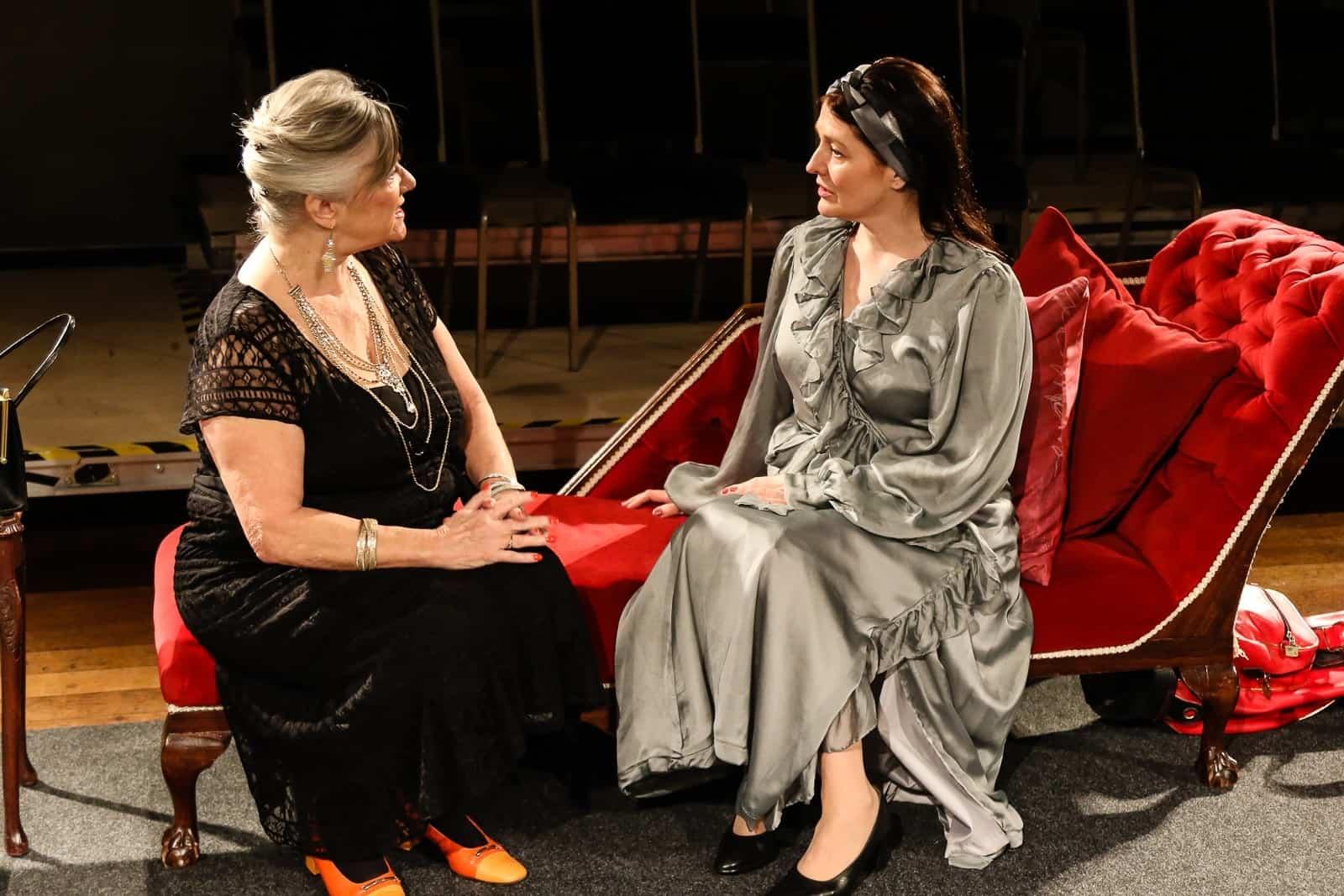 Marie Cooper actor as Anna Mary Conklin in Come into the Garden, Maud