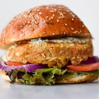 Burger végétarien au chou-fleur et quinoa