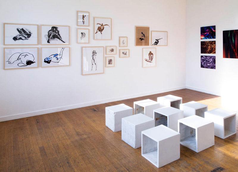 Overzicht tekeningen Marieke van der Velden en foto's Pedro Neves in Galerie Lokaal WV15