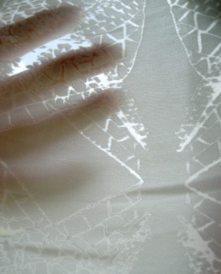 Devoré printed silk-viscose.