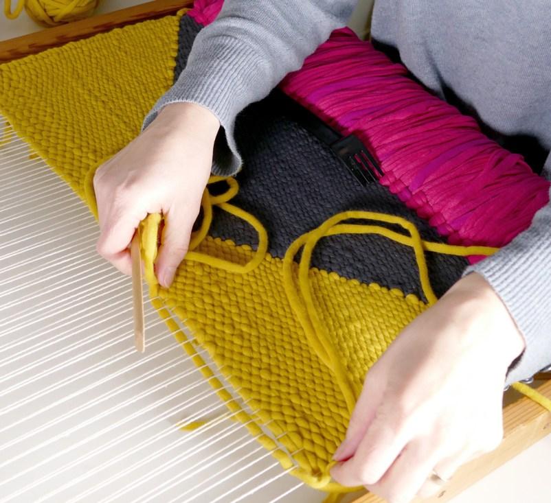 Weaving-Geometrica-Process-3-by-Marie-Ledendal-web