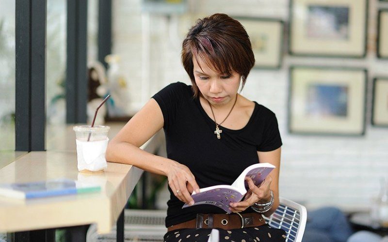 Friday Four: 4 Books to Help You Build Your Business
