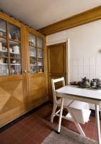 Historisch interieur; keukentafel