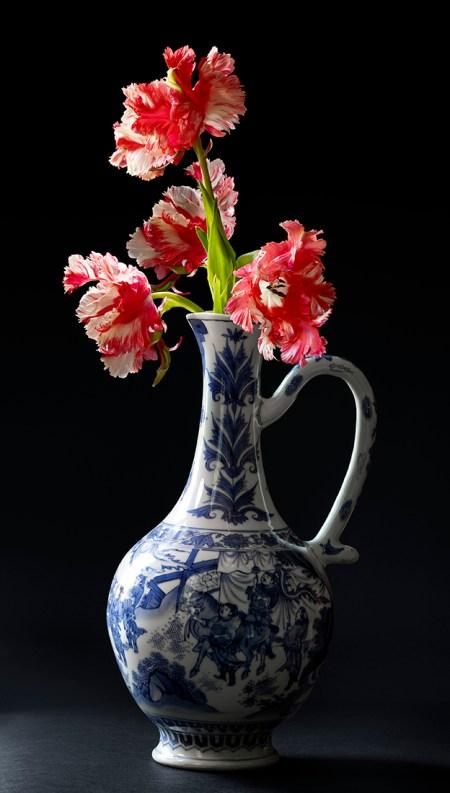 Chongzen Chinees porselein stilleven; Rode Tulpen