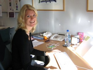 M at desk