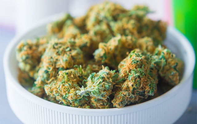 medical-cannabis-use-is-becoming-more-popular-among-the-elderly