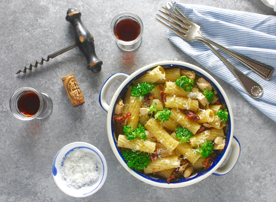 Rigatoni with Broccoli and chicken