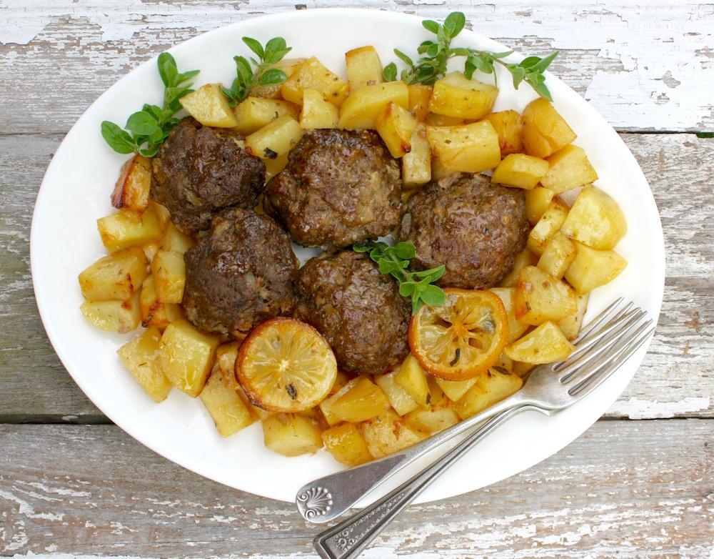 traditional greek meatballs.1.