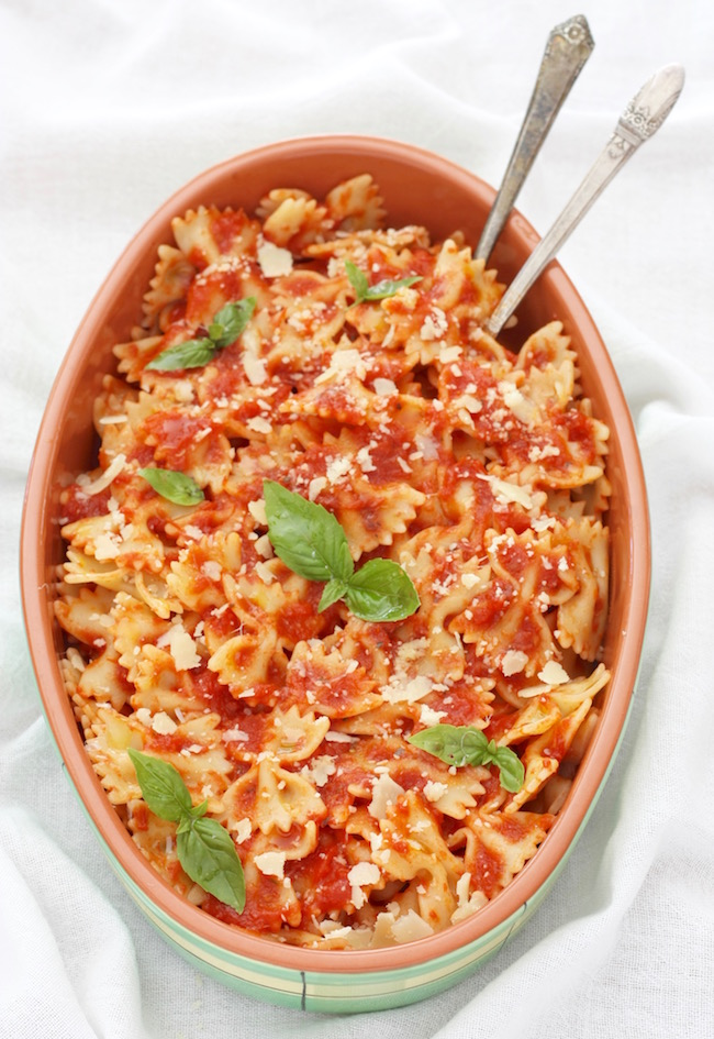 pasta with simple tomato and butter sauce