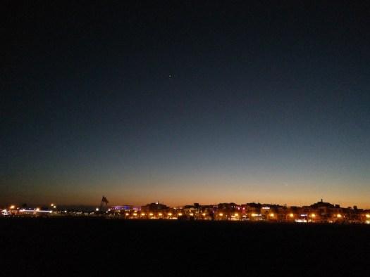 Noche malvarrosa