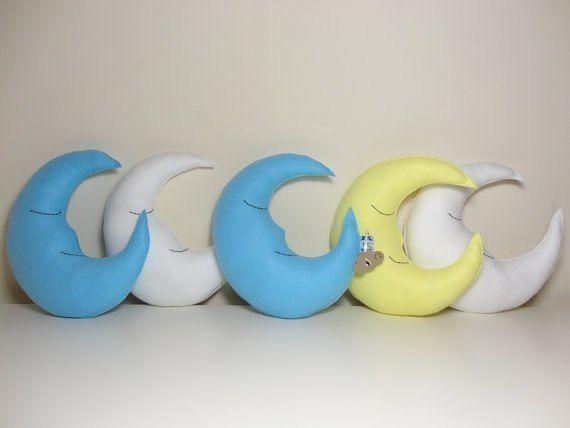 almohadas-con-forma-de-luna