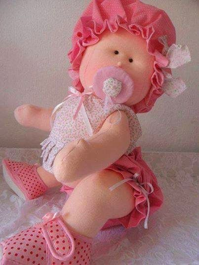 Muñeca de tela gateadora 3