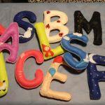Como hacer letras en fieltro