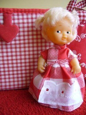 Patrones para hacer ropa de muñecos barriguitas 4