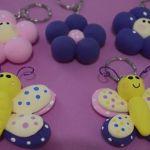 DIY para hacer llaveros mariposa o flor con fomi moldeable
