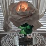 DIY Lampara con forma de rosa