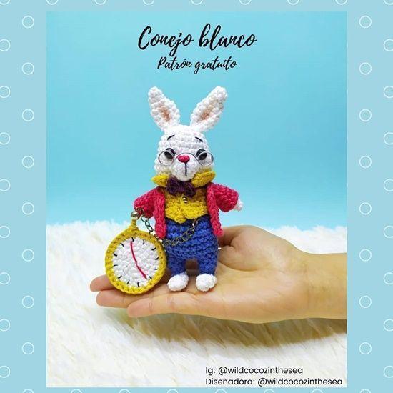 Conejo blanco en amigurumi patrón gratis