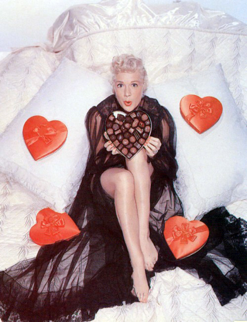 valentines-day-pinup-betty-hutton